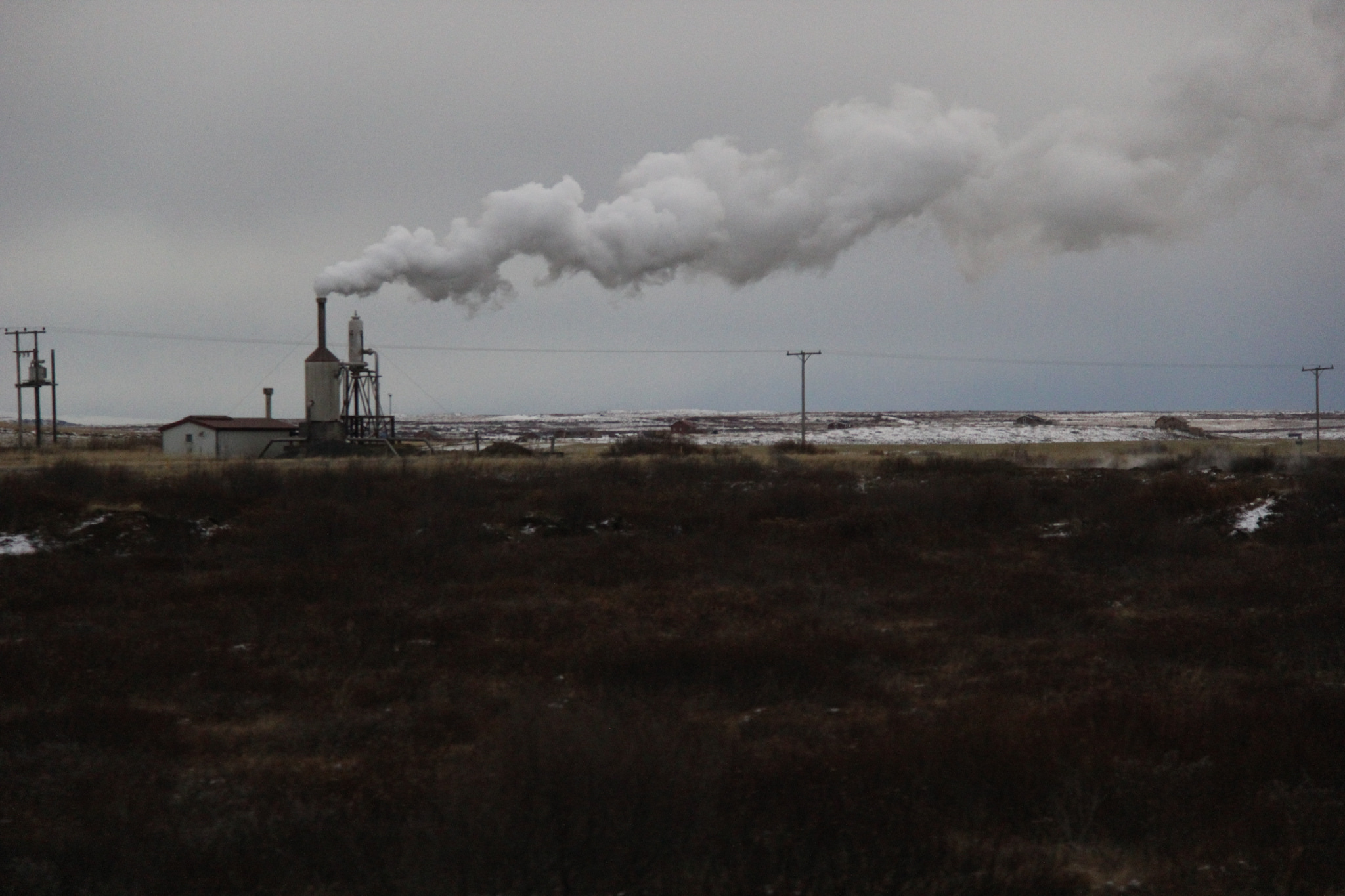 geothermal energy rare renewable energy Historically, cost effective, reliable, sustainable, and environmentally friendly, use  of geothermal energy has been limited to areas where obvious surface.